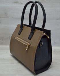 Каркасная женская сумка с  накладным карманом кофейного цвета с черным крокодилом