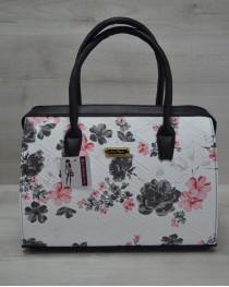 Каркасная женская сумка Саквояж черные цветы с черными ручками