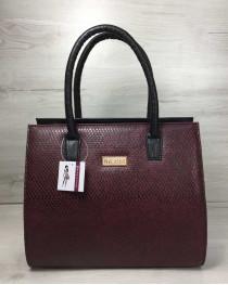 Женская сумка Бочонок черного цвета со вставкой бордовая змея