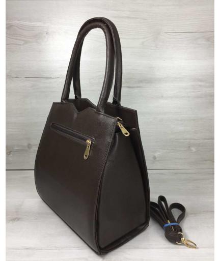 Классическая женская сумка Треугольник коричневого цвета с коричневым крокодилом