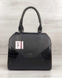 Женская сумка Конверт черного цвета со вставкой черный лаковый крокодил