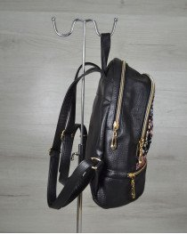 Женский молодежный рюкзак черный с клетчатой вставкой