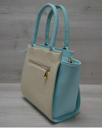 Молодежная женская сумка Комбинированная бежевого цвета с пудровым ремнем