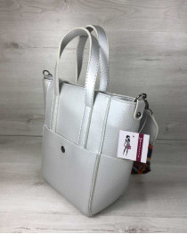 Молодежная женская сумка Милана  с Ярким ремнем серебряного цвета