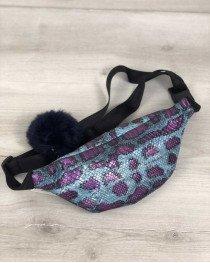 Женская сумка Бананка с пушком голубой с сиреневым змея (никель)