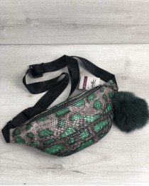 Женская сумка Бананка с пушком серебряная с зеленым змея (никель)