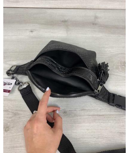 Стильная сумочка на пояс Элен черная рептилия