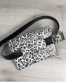Женская сумка на пояс черно-белый леопард