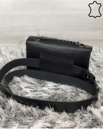 Кожаная женская сумка клатч «Leya» черного цвета с черным сердечком