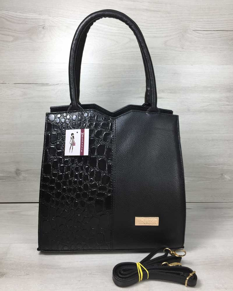 Классическая женская сумка Треугольник черного цвета с черным лаковым крокодилом