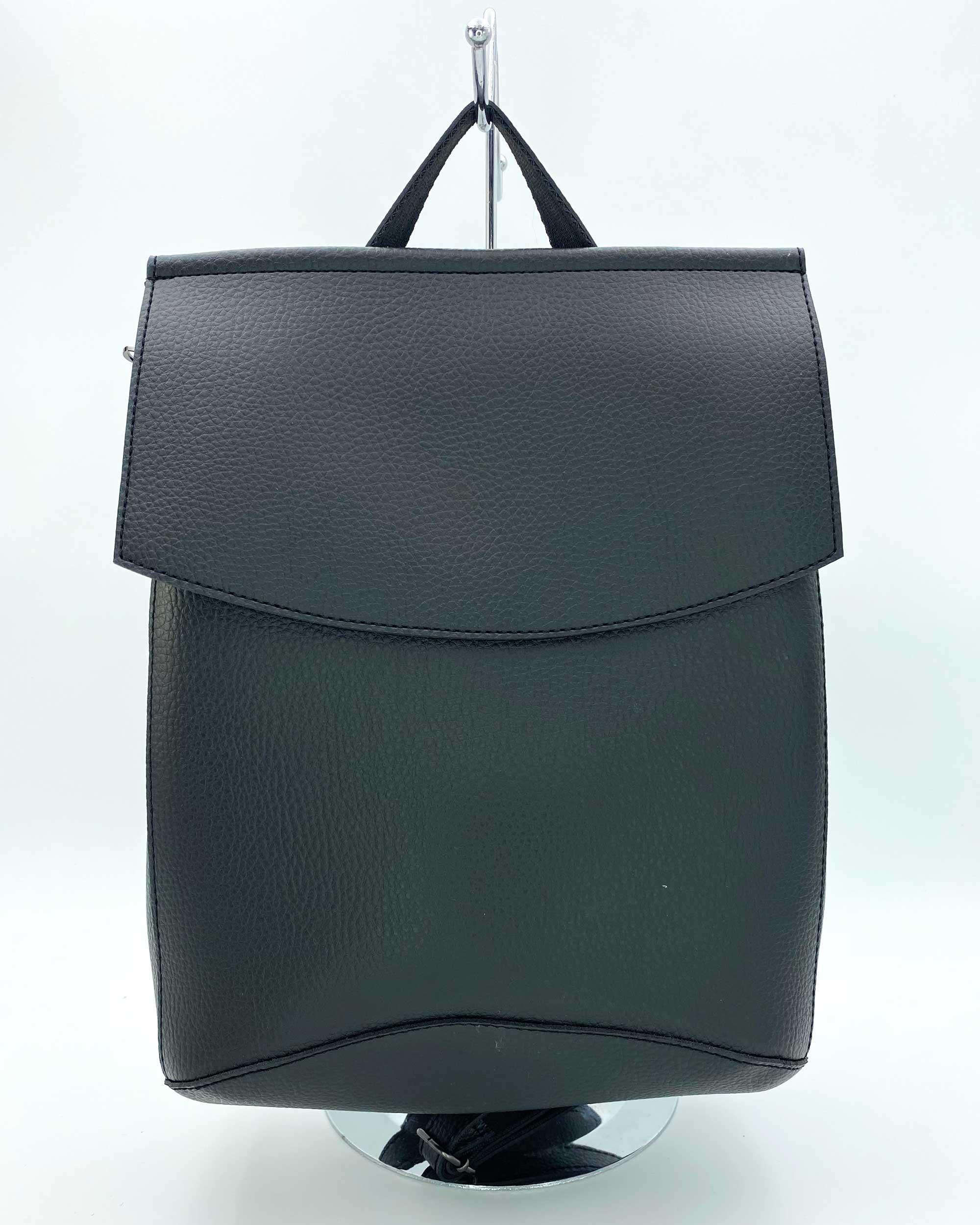 3a19636ad587 Молодежный сумка-рюкзак черного цвета оптом арт.44201 | WeLassie