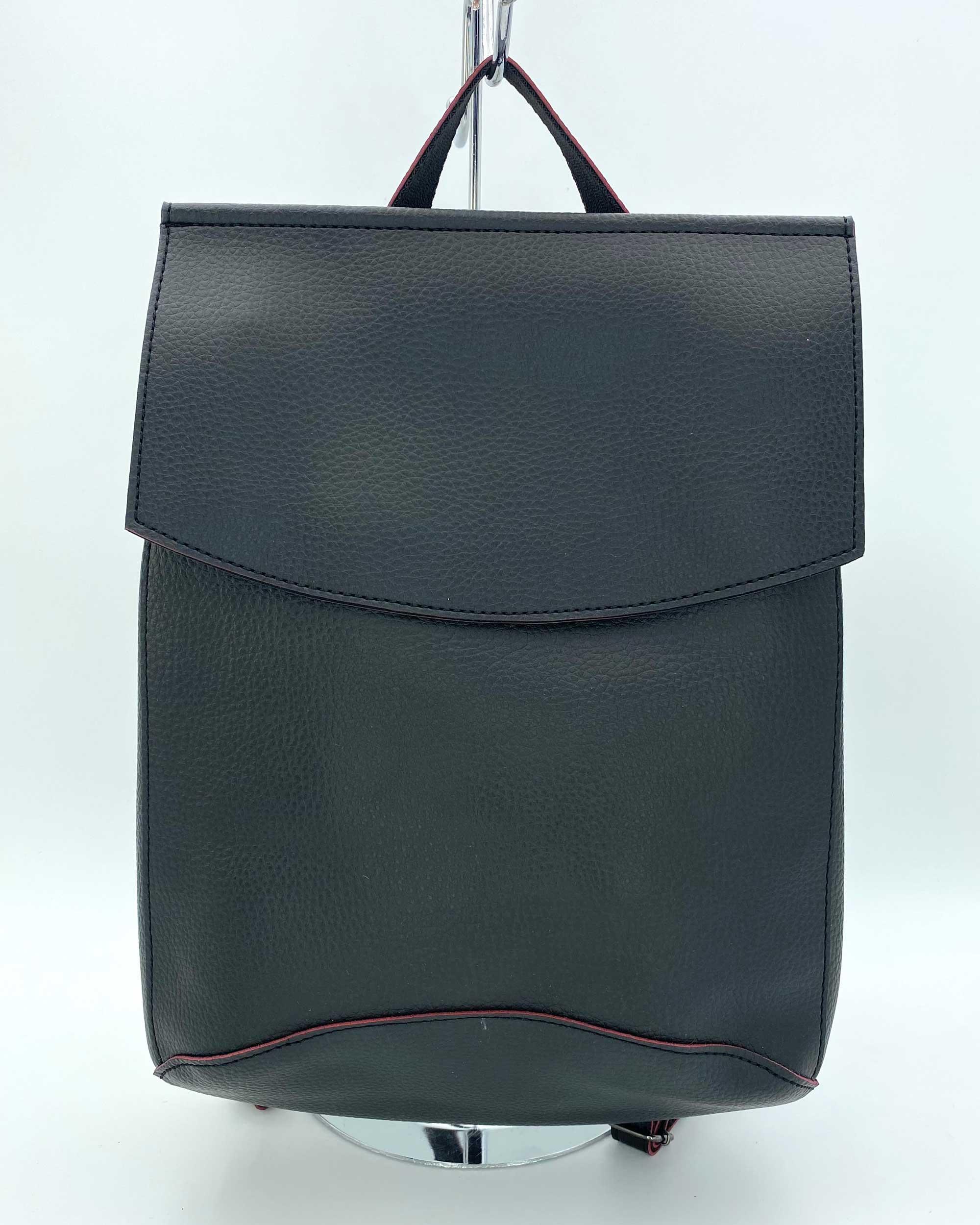 Рюкзак женский молодежный черный с красным