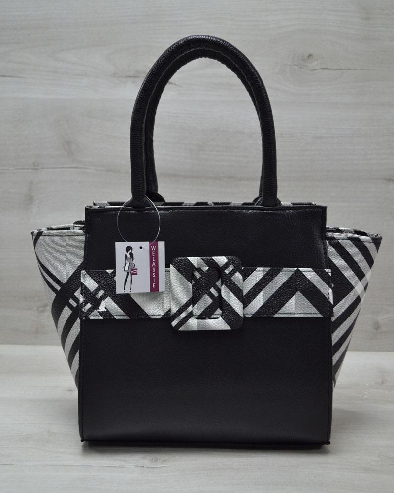 Молодежная женская сумка Комбинированная черного цвета с барбери ремнем