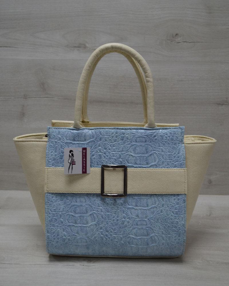 Молодежная женская сумка Ремень голубой крокодил с бежевым гладким