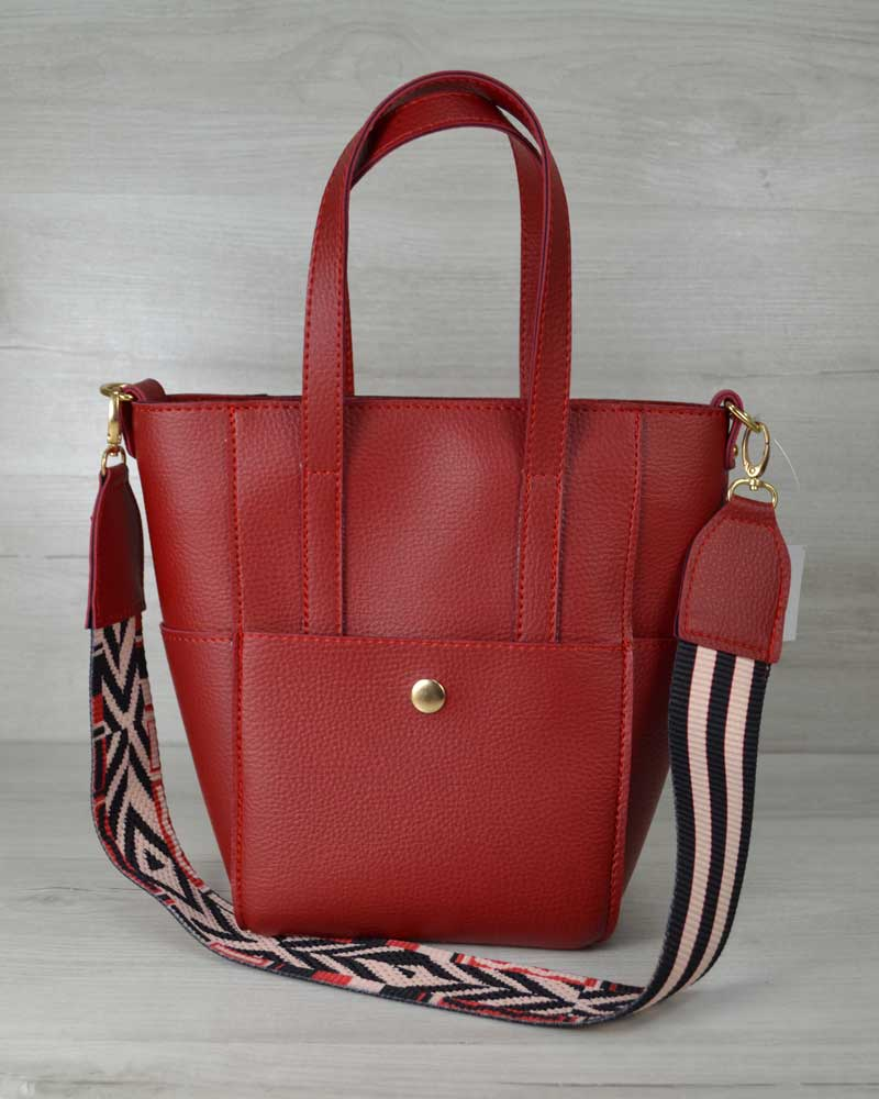 Молодежная женская сумка Милана с Ярким ремнем красного цвета