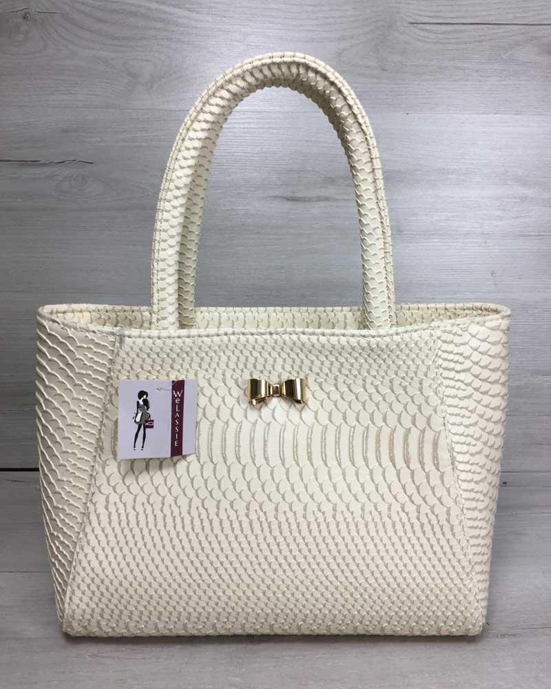 Женская сумка бежевого цвета