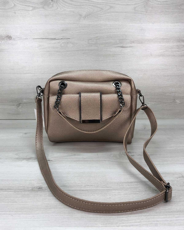 Стильная женская сумка Хлоя золотого цвета