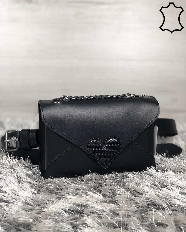 Кожаная женская сумка клатч «Leya» с черного цвета с черным сердечком