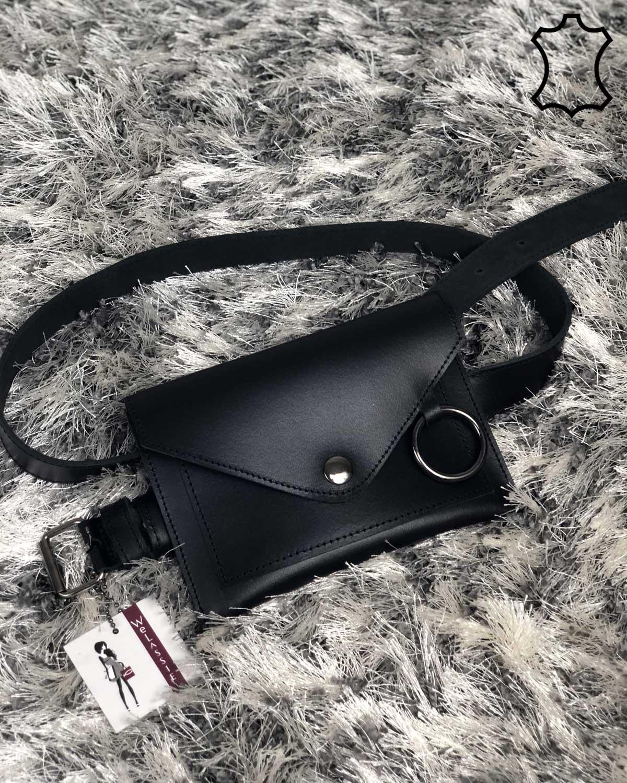 Кожаная женская сумка на пояс «Moris» черного цвета